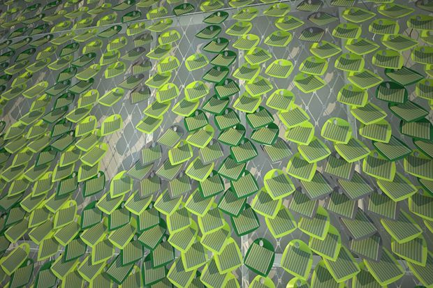 Güneş enerjisiyle sıvı yakıt üreten biyonik yaprak